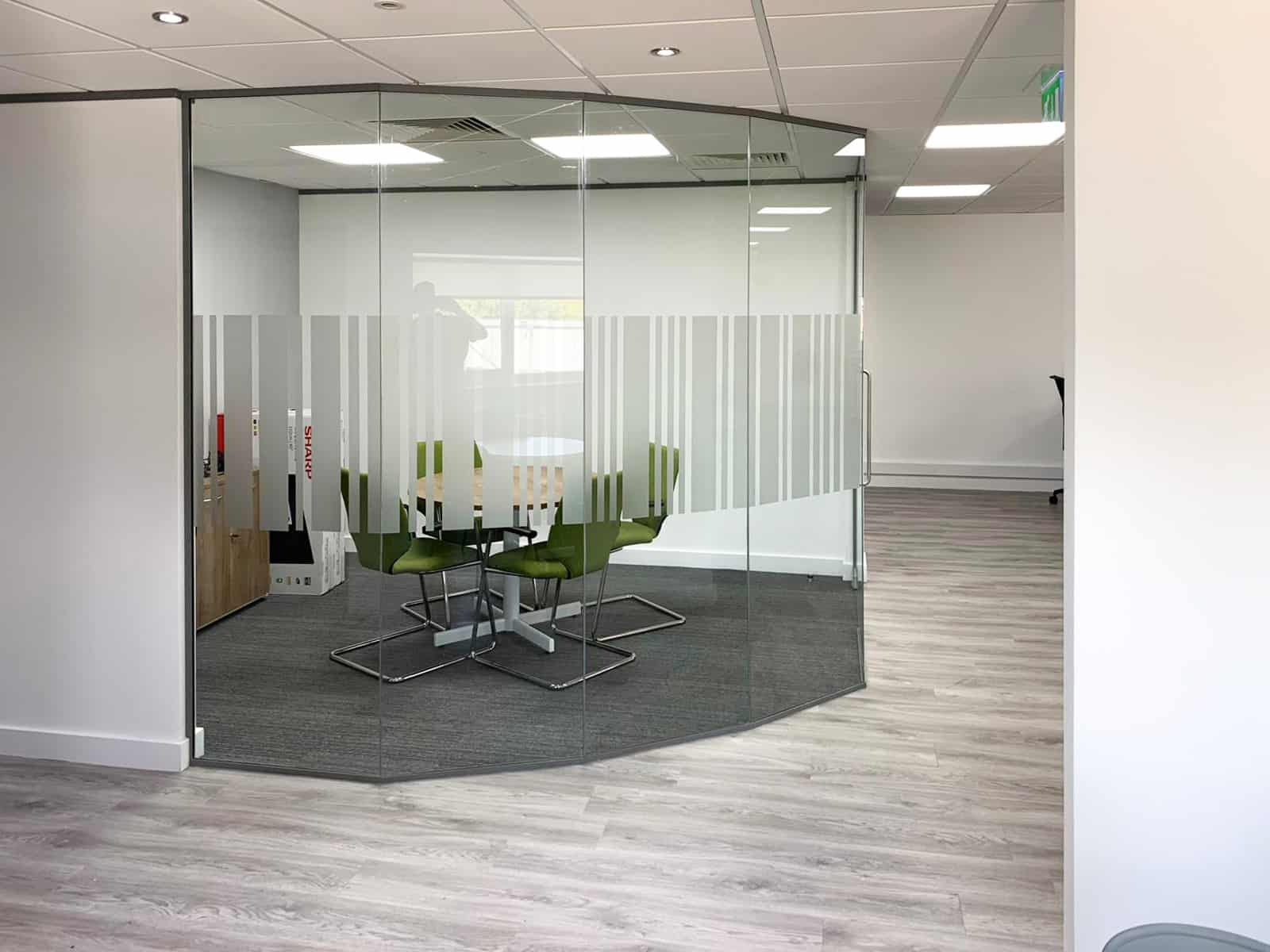 faceted glass partition